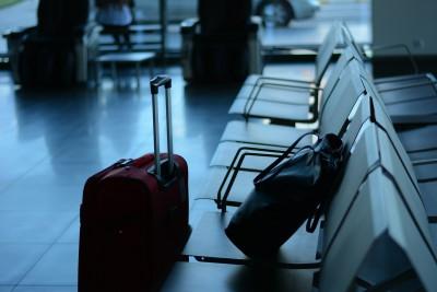 c762af72cc 身軽な旅ならスーツケースを送ろう!送料など気になる点を解説
