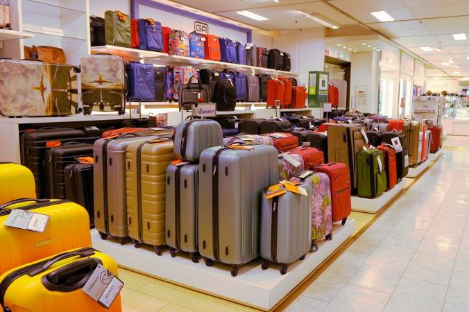 fd88fd8825 宿泊日数から見る!スーツケースサイズの選び方、旅行先別の選び方